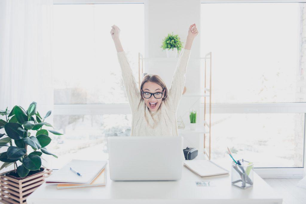 企業のSNS活用事例3例!成功のポイント解説