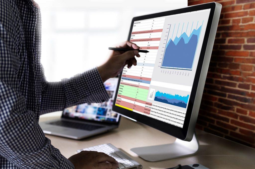企業のSNS利用率!効果的な運用のためのデータ解説